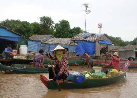 Floating Village on the Tonle Sap Queen Tara Day Tour