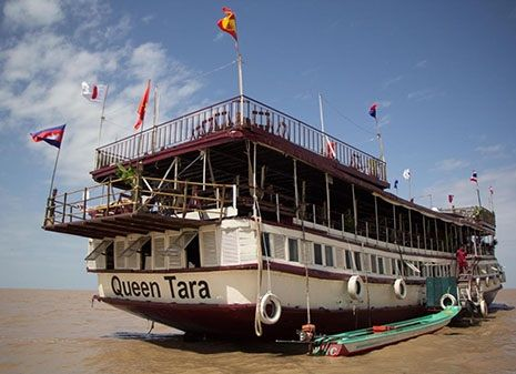 Great Lake Queen Tara Day Tour