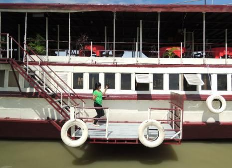 Floating Village Queen Tara Day Tour