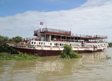 Tonle Sap Lake Queen Tara Day Tour