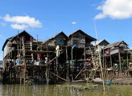 Kompong Phluk Full Day Adventure Tour